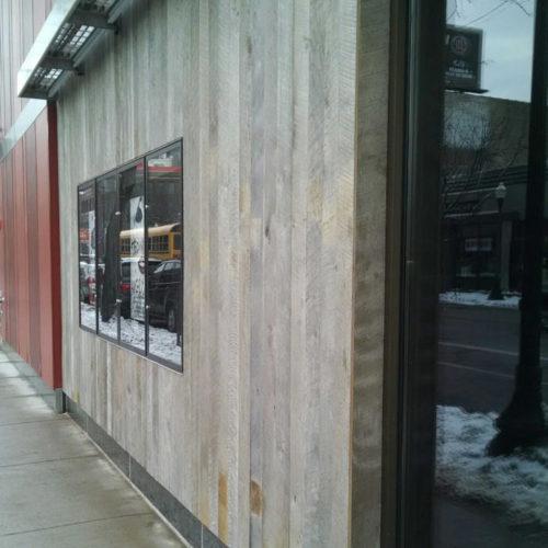 Reclaimed Oak Wood Paneling